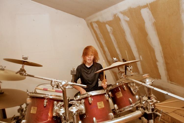 drums dustin hh