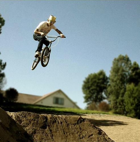 hussey alec biking
